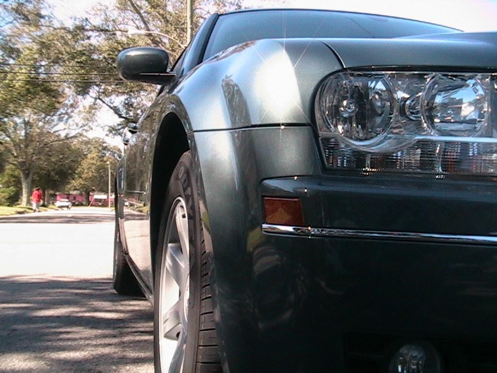 Pochód aut hybrydowych